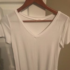 Women's white short sleeve tee